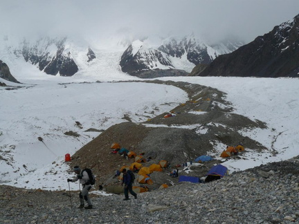 147a_Abruzzi Glacier and G1_G2 Base Camp.JPG